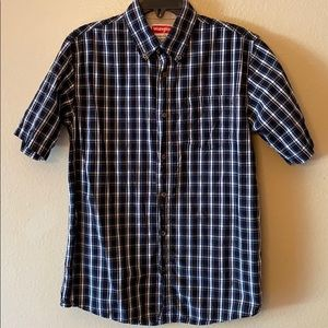 Wrangler button up shirt